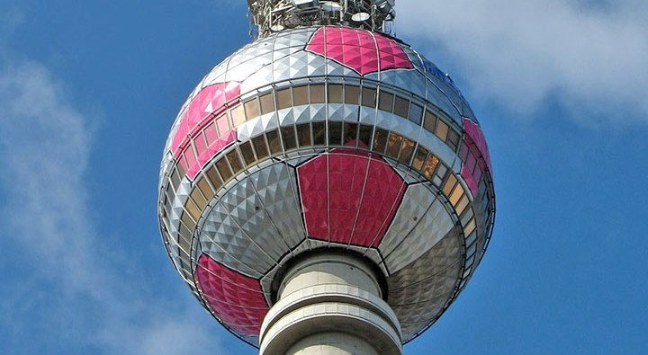 Раскраска-телебашни-Берлина
