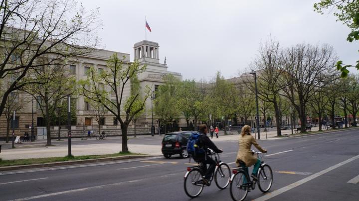 Российское-посольство-в-Берлине