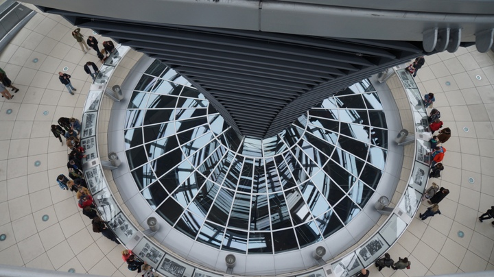 Внутри-купола-Рейхстага