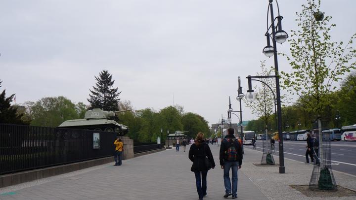 Мемориал-советским-воинам-Тиргартен