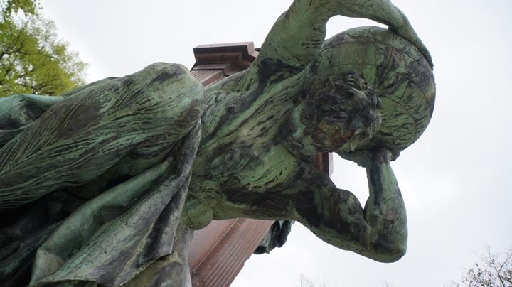 Парк-Тиргартен-памятник-Бисмарку-Атлас