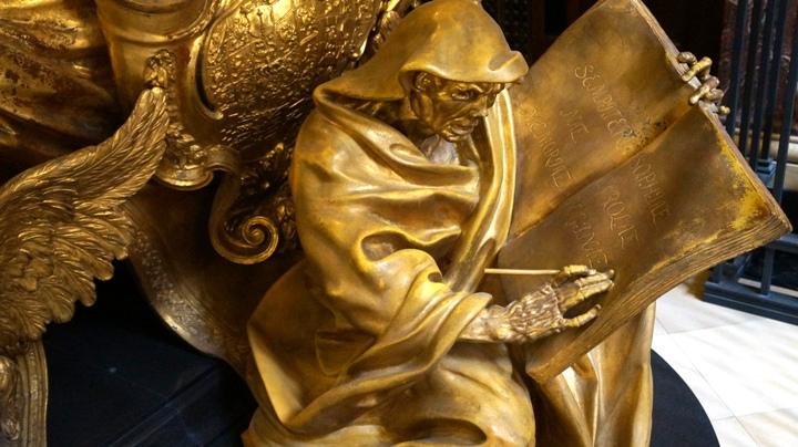 Берлинский-кафедральный-собор-саркофаги