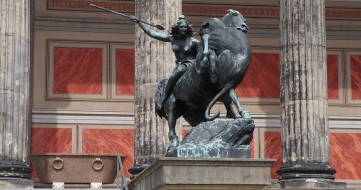 Сражающаяся-амазонка-Старый-Музей-Берлин