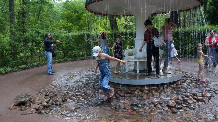 Петергоф-фонтан-шутиха-Зонтик