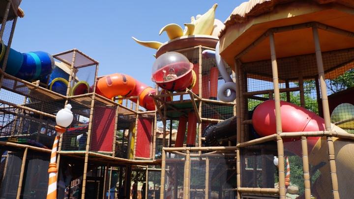 Игровая-площадка-El-Huerto-Encantado