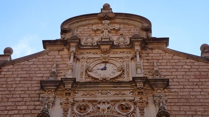 Западный-фасад-базилики-Монсеррат