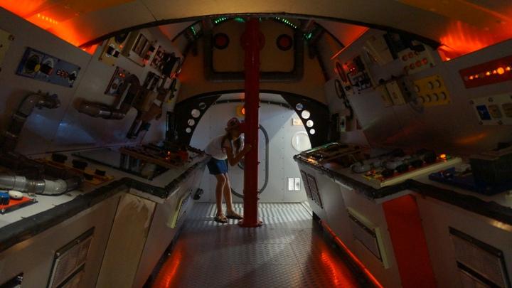 Детская-подводная-лодка-океанариум-Барселоны